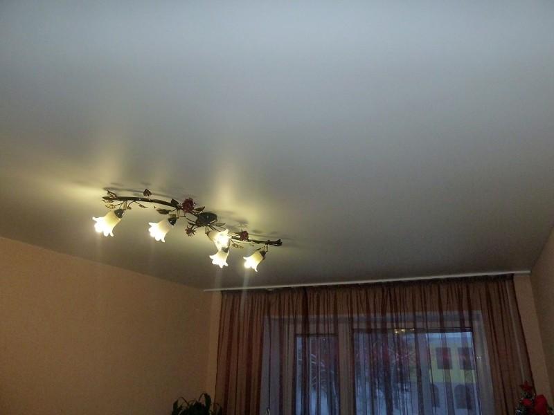 Cатиновые натяжные потолки