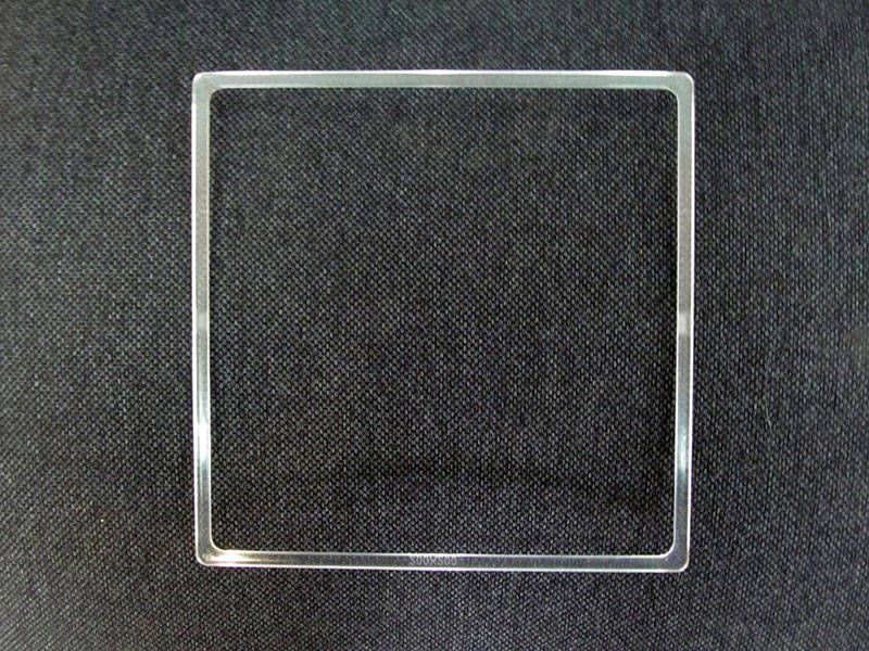 Квадрат 100-110 мм.