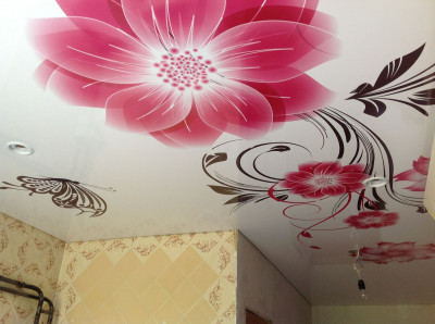 Почему натяжные потолки с рисунком так популярны у заказчиков?